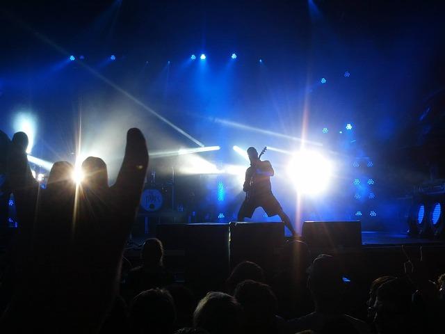 concert-497182_640